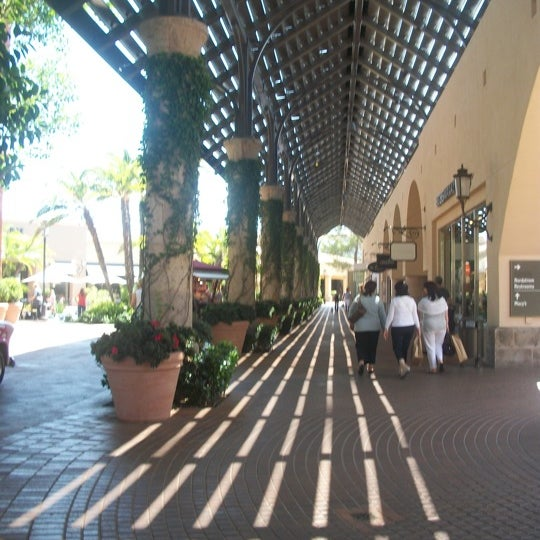 Photo taken at Fashion Island by Justin T. on 9/5/2011