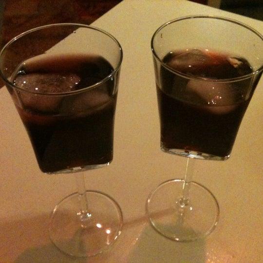 8/29/2012 tarihinde Seda K.ziyaretçi tarafından Ada Cafe'de çekilen fotoğraf