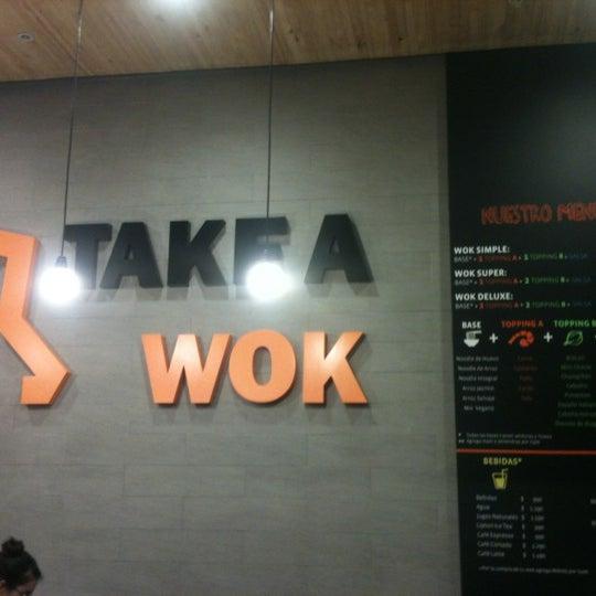 Foto tomada en Take a Wok por Andres el 7/8/2012