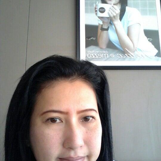Photo taken at Mezzo by Nong Pin K. on 8/23/2012
