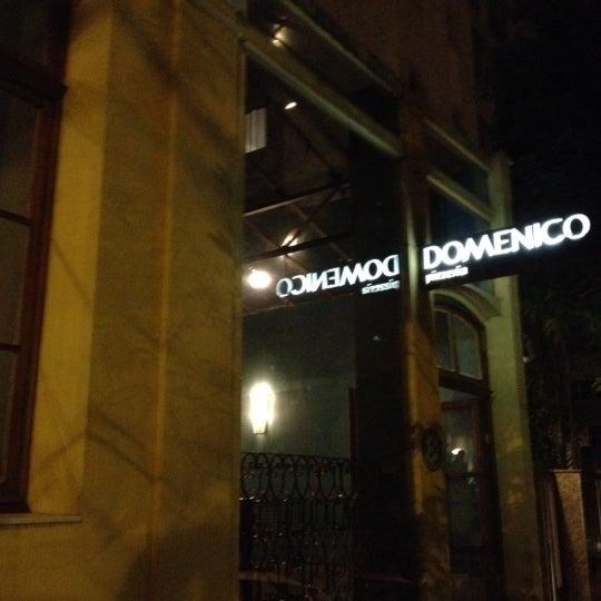 Foto tirada no(a) Domenico Pizzeria Trattoria por Tulio B. em 8/5/2012