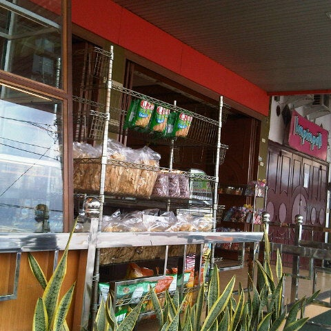 Photo taken at Mawar Bakery and Cake Shop by Bl A. on 8/21/2012