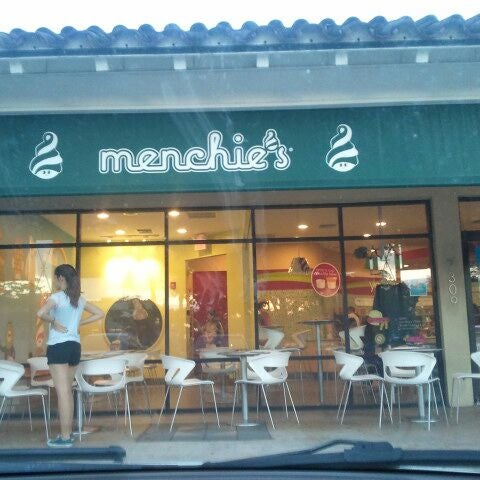 Photo taken at Menchies by Midorie on 3/12/2012
