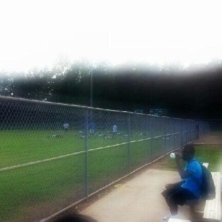 Foto Tirada No(a) Central Dekalb Jaguars Football Practice Por Michael W. Em
