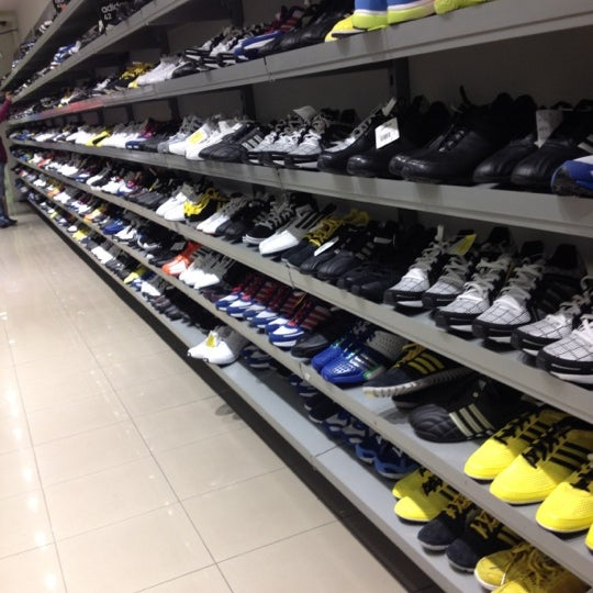 adidas outlet faucett