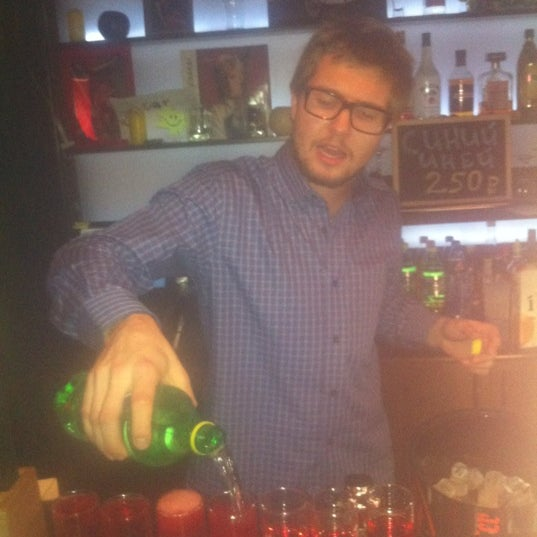 Пяна таня в ночном клубі фото 200-239
