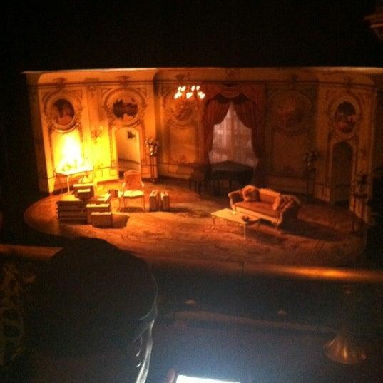 รูปภาพถ่ายที่ Belasco Theatre โดย Erik G. เมื่อ 5/10/2012