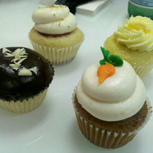 sift cupcake and dessert bar Sift cupcake and dessert bar case can you read the case and answer these questions : 1- what are the dominant economic characteristics of the specialty baking market.