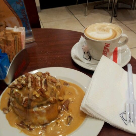 Photo taken at Cinnabon - Canal Walk by Murray L. on 2/29/2012