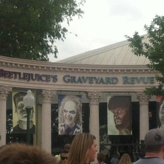 Photo taken at Beetlejuice's Graveyard MashUp by Barry L. on 4/19/2012