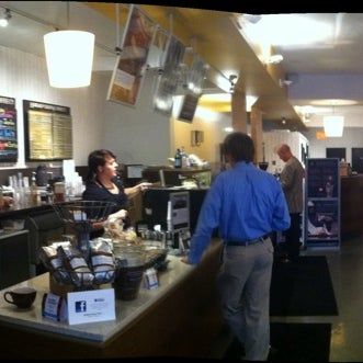 Photo taken at Hubbard & Cravens Coffee and Tea by Duncan A. on 9/23/2011