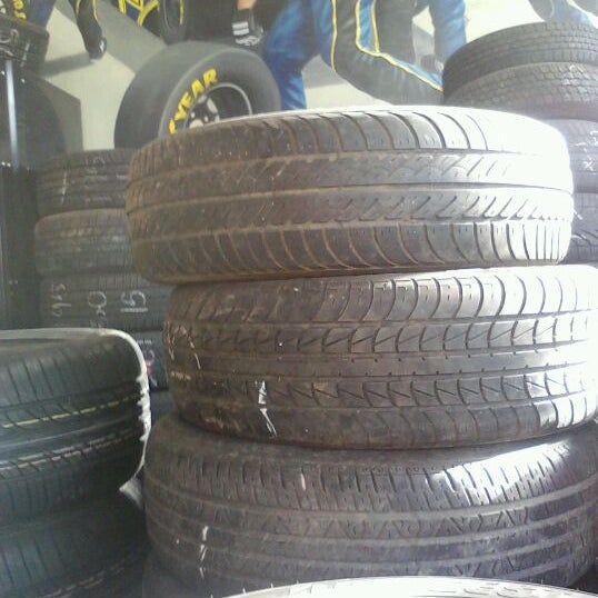 Mr Ps Tires Bay View S Kinnickinnic Ave - Mr ps tires milwaukee wisconsin
