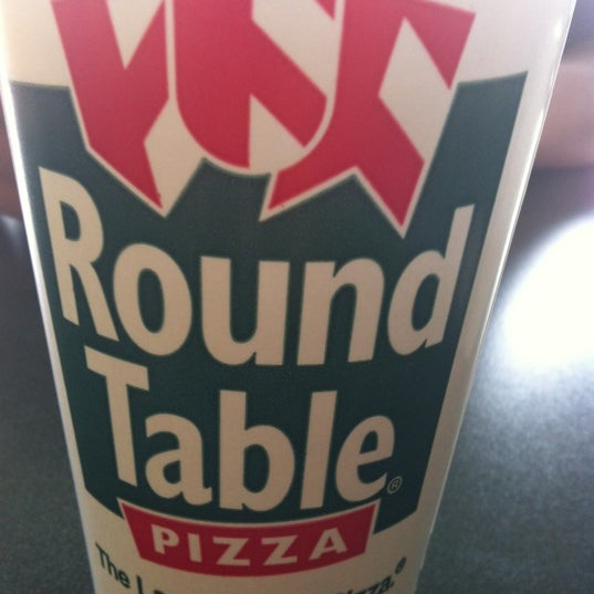 Round Table Pizza: Pizza Place In Hermosa Beach