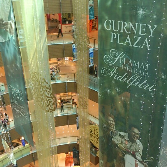 Photo taken at Gurney Plaza by Muhammad H. on 8/16/2012