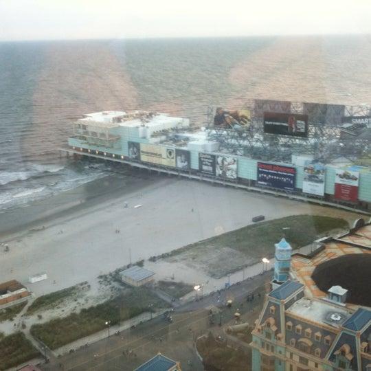 Photo taken at Bally's Casino & Hotel by Geoffrey G. on 8/18/2011