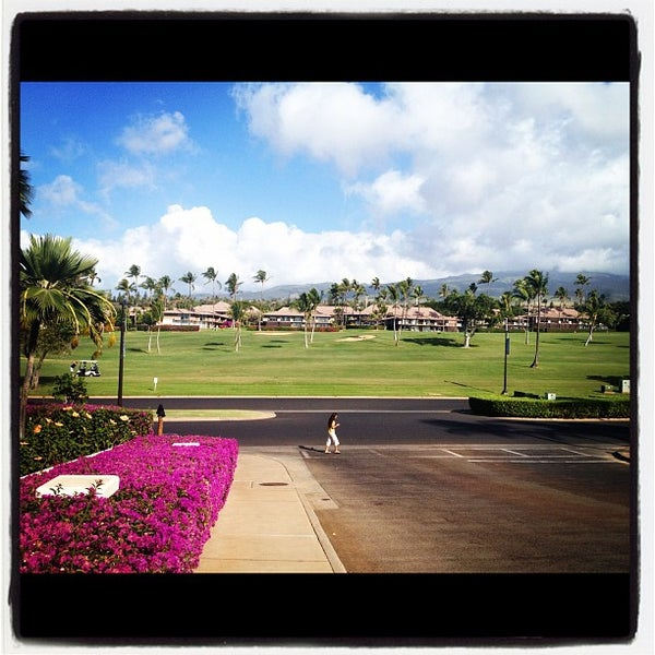 Photo taken at Sheraton Maui Resort & Spa by TP P. on 1/27/2012