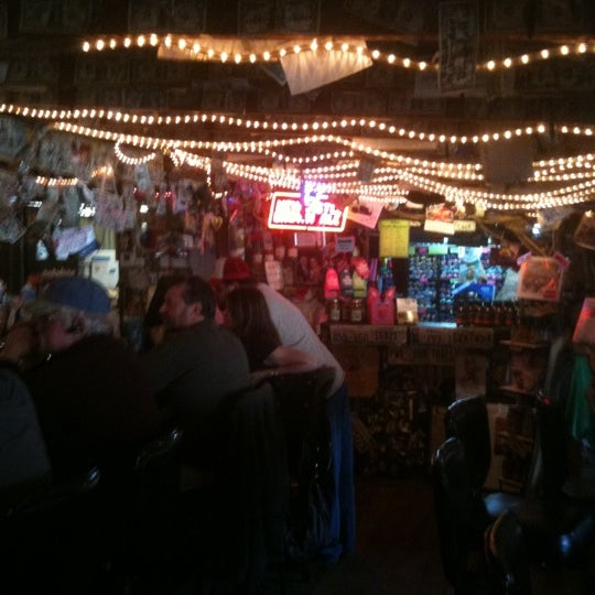 Photo taken at The Shed Barbeque and Blues Joint by Troy N. on 1/29/2011