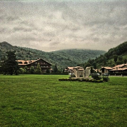 Photo taken at Hotel Grevol Spa & Wellness Llanars by Xavier CC on 8/7/2011