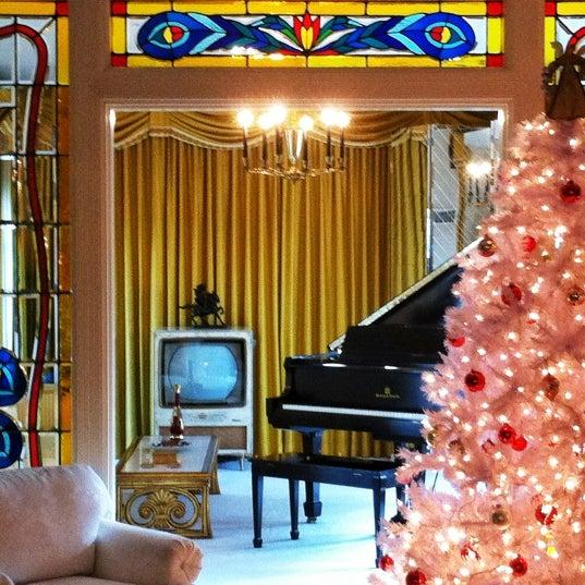 12/24/2011에 Kevin F.님이 그레이슬랜드에서 찍은 사진
