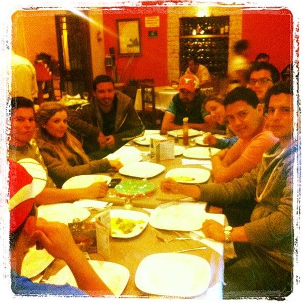 Foto tomada en Kpuchinos por Carlos D. el 3/19/2012