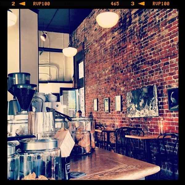 Photo taken at Coffeehouse Northwest by espressofabriek on 4/22/2012