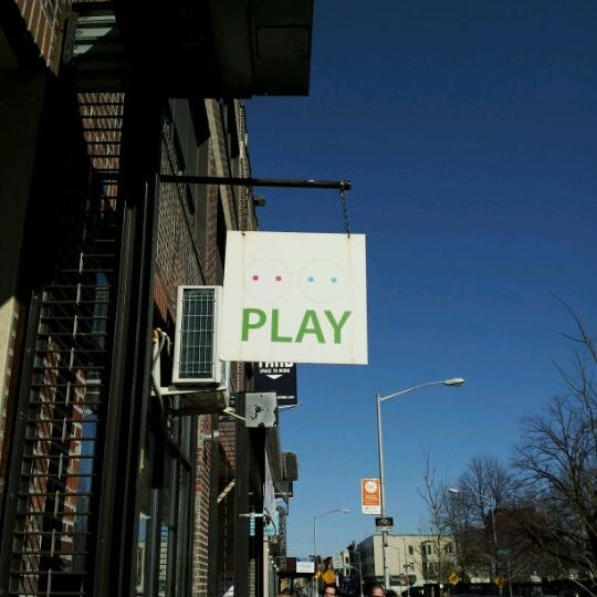 Photo taken at PLAY Greenpoint by Leslie Y. on 2/20/2012