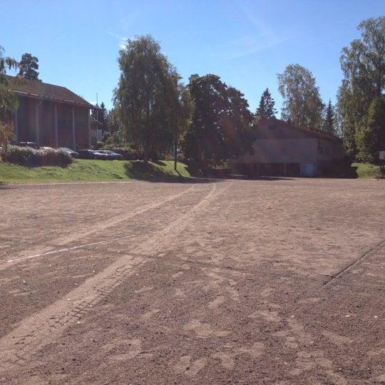 Photo taken at Viherlaakson Koulun Kenttä by aino v. on 9/4/2012