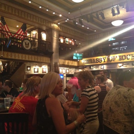 Photo taken at Hard Rock Cafe Washington DC by Robert C. on 7/6/2012