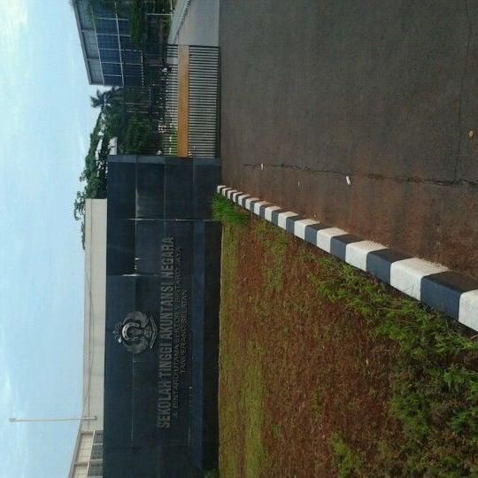 Photo taken at Sekolah Tinggi Akuntansi Negara (STAN) by Allan S. on 1/20/2012