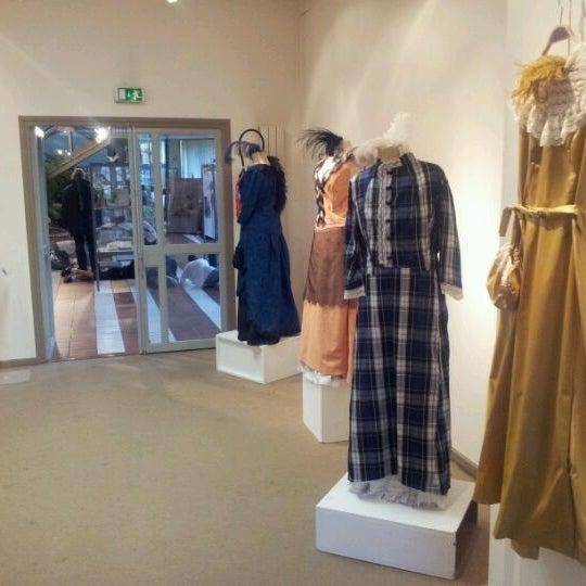 Photo prise au Salle Accrochage, galerie des artistes bagnoltais par Claude L. le11/3/2011