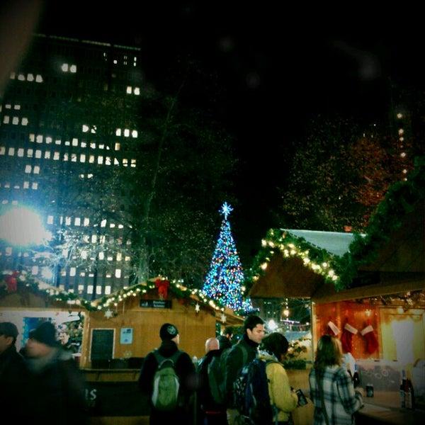 Das Foto wurde bei Christmas Village von Tracy B. am 12/9/2011 aufgenommen