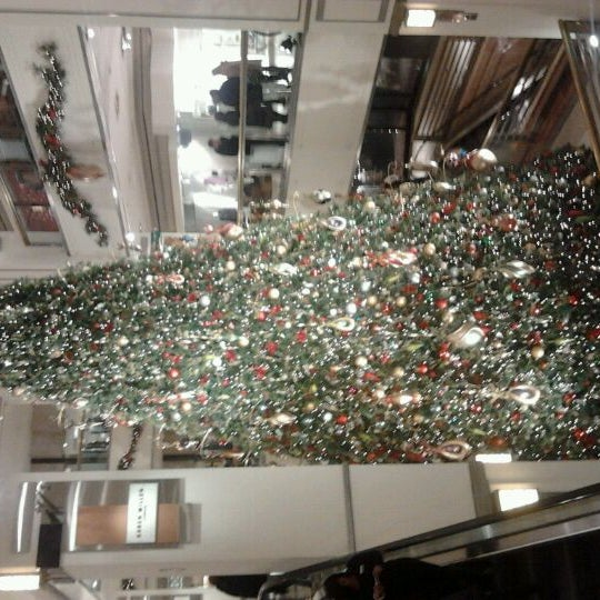 Photo taken at 900 North Michigan Shops by Jasmine R. on 12/11/2011