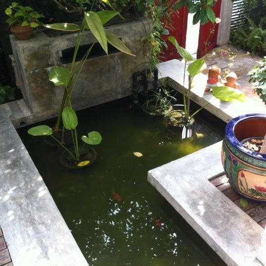 12/21/2011 tarihinde Jürgen S.ziyaretçi tarafından Udee Bangkok Hostel'de çekilen fotoğraf