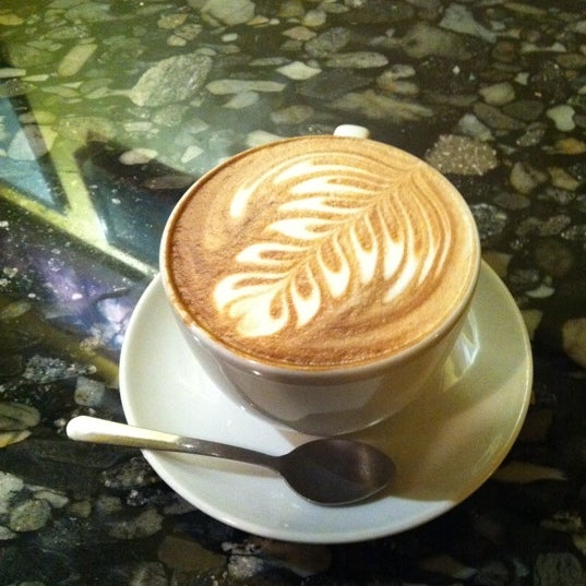 Photo taken at Espresso Vivace by Vincent V. on 2/13/2011