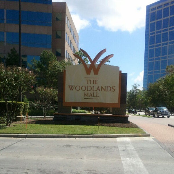 Come visit The Woodlands Mall, a premier fashion center in north Houston situated in one of the most dynamic communities in the country. Explore a distinguished collection of over exciting stores and inspiring restaurants just 30 minutes north of Houston.2/10(1).