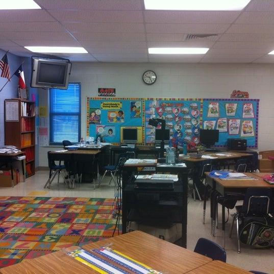 nye elementary school laredo tx