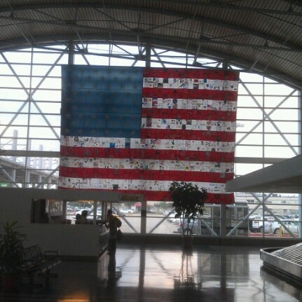 Photo taken at Shreveport Regional Airport (SHV) by Zeus on 8/7/2012