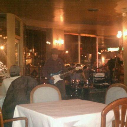 Foto diambil di Sahara Restaurant oleh Joe J. pada 12/31/2011