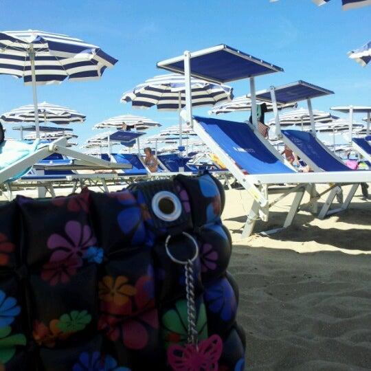 Foto scattata a Bagno Adriatico 62 da Elisabetta G. il 6/15/2012
