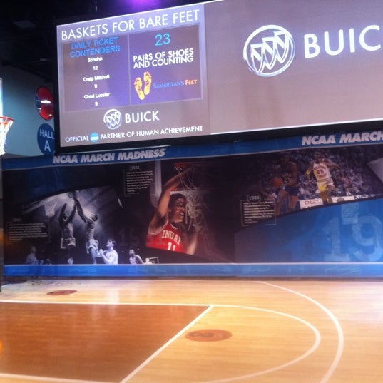 Photo taken at Buick @ Bracket Town! by Buick on 3/30/2011