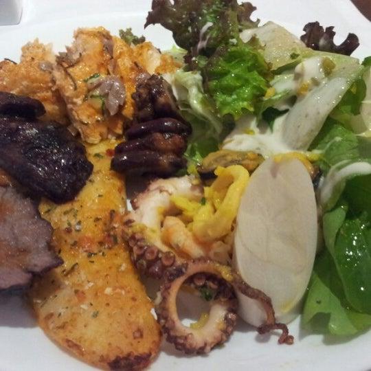 Foto tirada no(a) Paulinho's Grill por Enderson M. em 8/24/2012