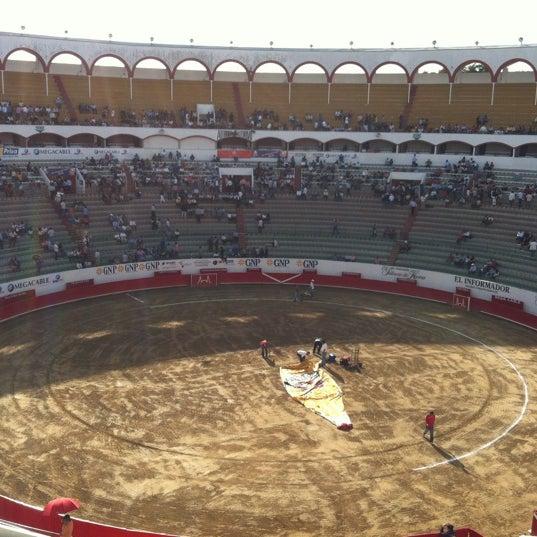 Foto tomada en Plaza de Toros Nuevo Progreso por Estas Invitado el 11/6/2011