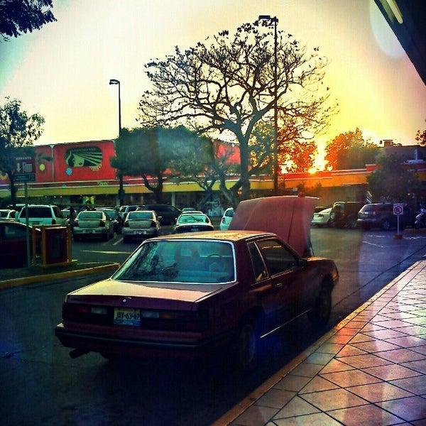 Foto tomada en Plaza del Sol por Santiago N. el 5/3/2012