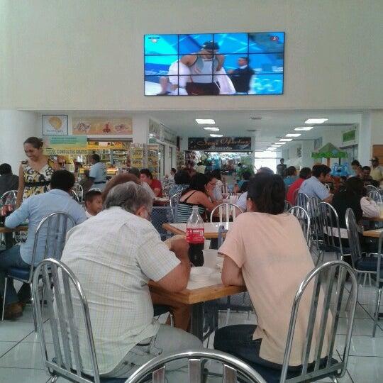 Foto tomada en Plaza Dorada por David G. el 7/31/2012