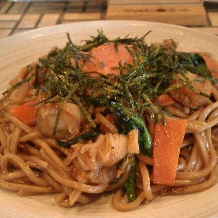 5/11/2012にItsurou H.が焼きそばのまるしょう 豊四季本店で撮った写真