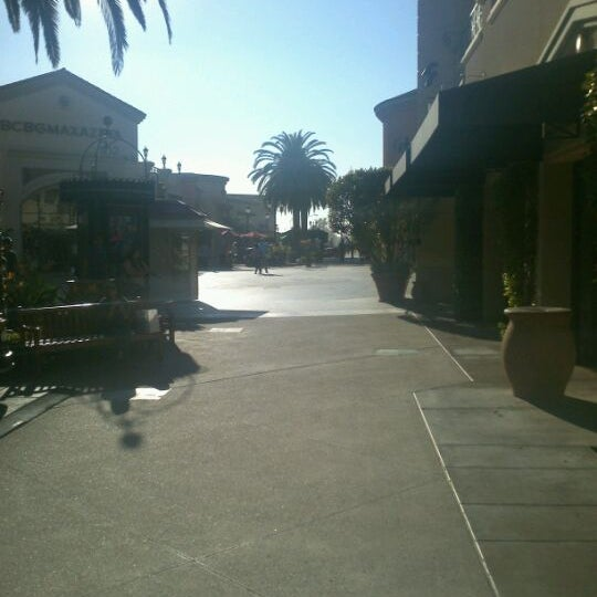 Photo taken at Carlsbad Premium Outlets by Quinster on 1/27/2012