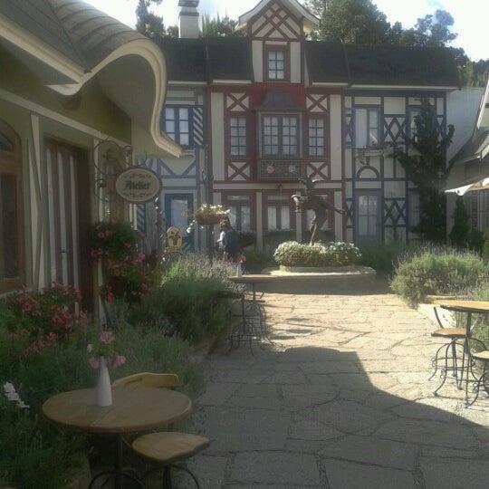 Foto tirada no(a) Vila St. Gallen por Renata K. em 8/19/2012