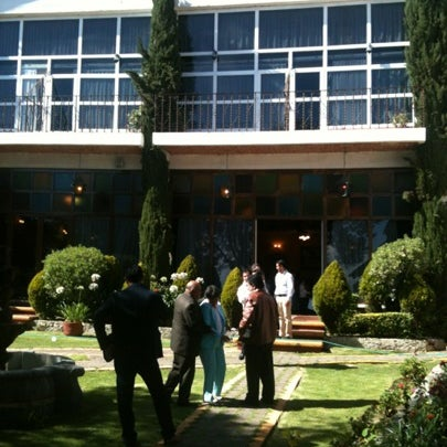 Photo taken at Villa Alpina El Chalet by Andres B. on 7/21/2012