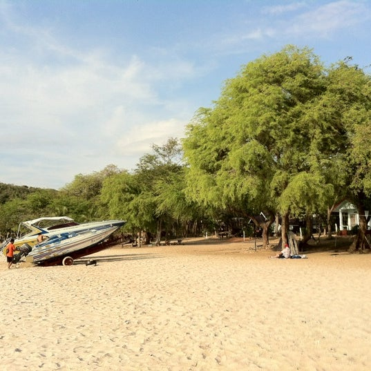 Photo taken at Sai Keaw Beach by Newna on 5/19/2012
