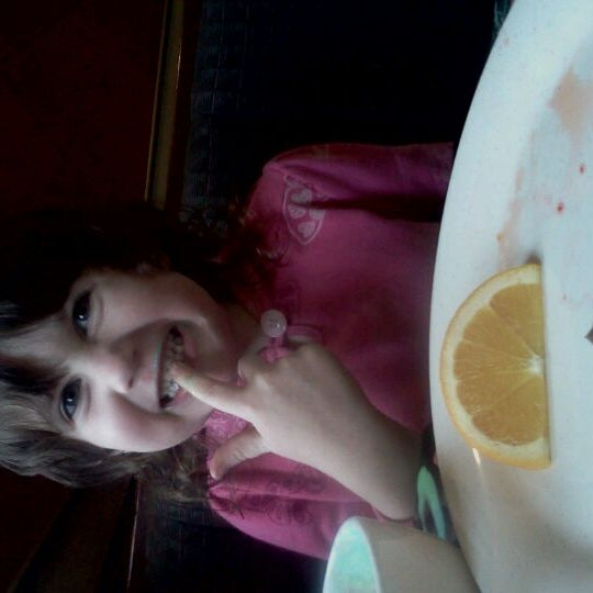 Photo taken at Tokyo Road House by Elizabeth M. on 2/1/2012